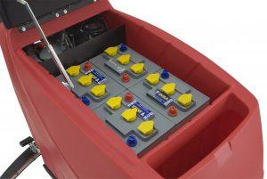 Professionelle handgeführte Scheuersaugmaschine Rugby 700, stufenloser Fahrantrieb (vorwärst / rückwärts) mit Gelbatterien und Ladegerät